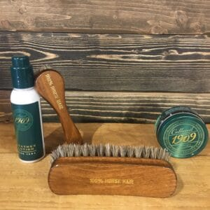 Accessories and products for skin care